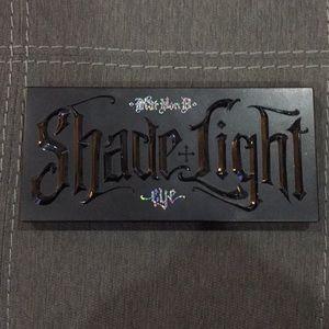 Kat Von D Shade+Light Glimmer Eyeshadow Palette